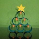Navidad reciclada: Árbol de navidad con tubos de cartón