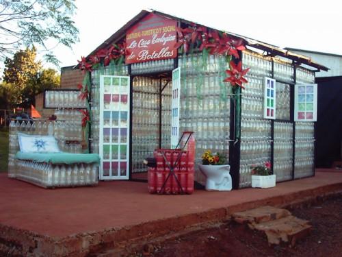 Construcción sustentable con botellas