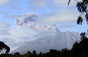 erupcion-del-volcan-calbuco-2031720h430LANACION